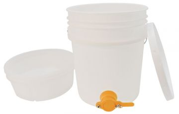 5 Gallon (18.92 l) Pail - With Honey Gate and Filter Set